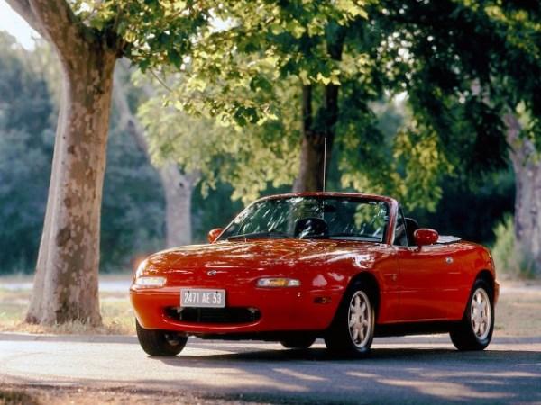 01-1989-Mazda-MX-5-620x465