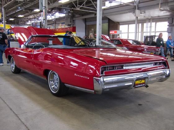 1967 Pontiac Bonneville a rawproc