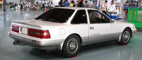 800px-1988-1991_Toyota_Soarer_rear