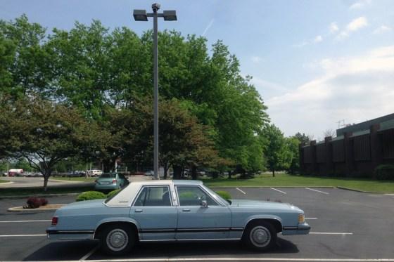1989 Mercury Grand Marquis a