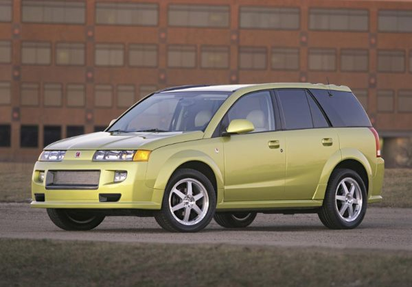 2011-09-24_035046_2004_saturn_vue_red_line