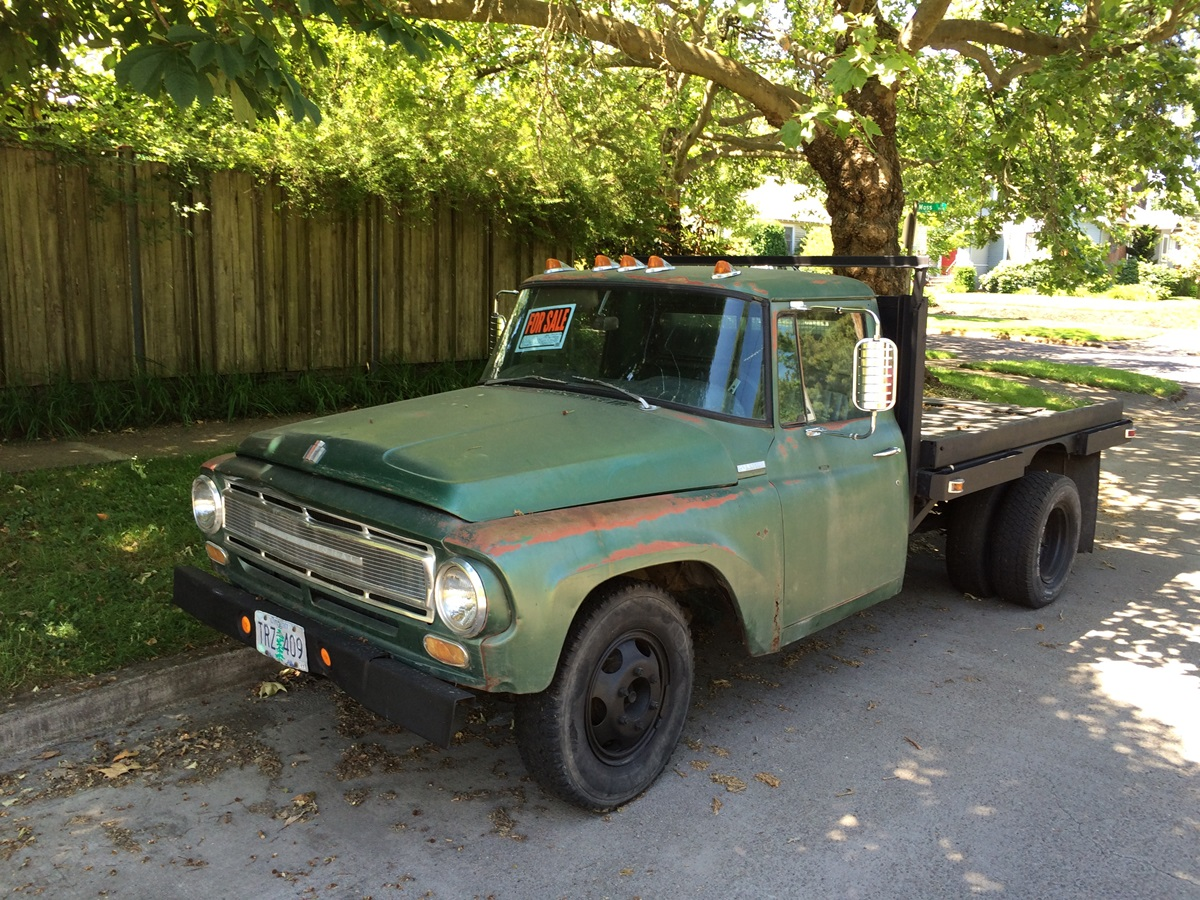 "CC For Sale: 1968 International ""1200"" Flatbed Truck – ""Huge Engine"""