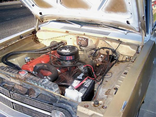 Dodge 1968 Dart engine