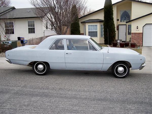 Dodge 1968 Dart passenger side