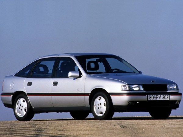 Opel-Vectra-Hatchback-1988-1992 (Custom)