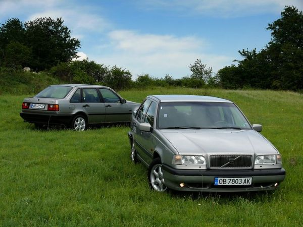 Volvo 440 and 850