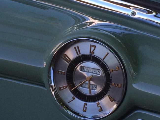 buick super clock