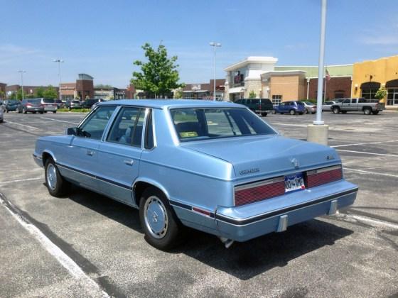 1983 Chrysler E-Class b