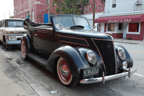 Ford 1937 conv fq