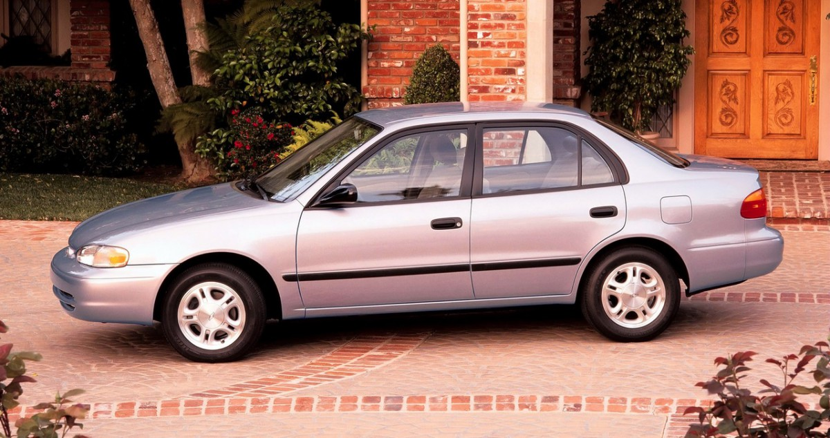 CC Capsule Chevrolet Prizm A Corolla By Any Other Name - Cool cars made in 2001