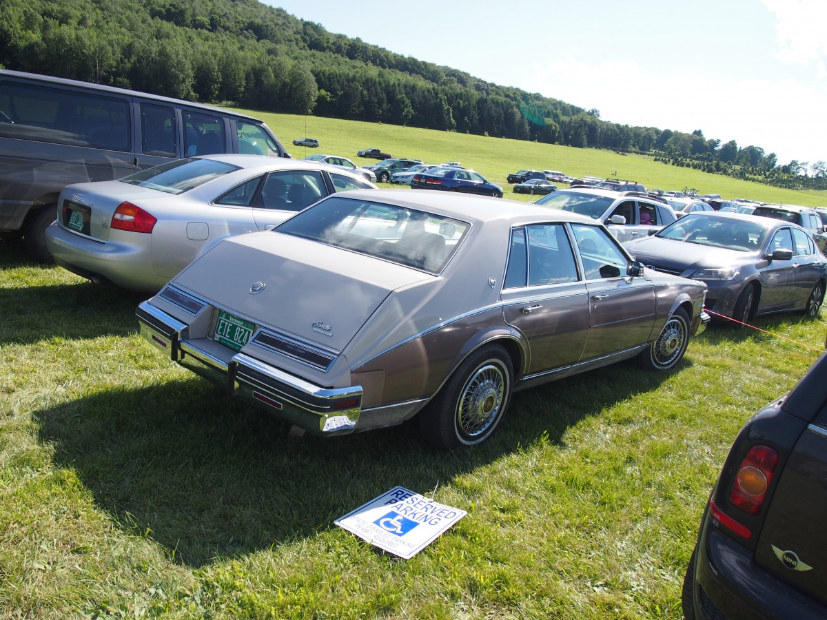 Curbside Classic: 1980-85 Cadillac Seville - How to Lose ...