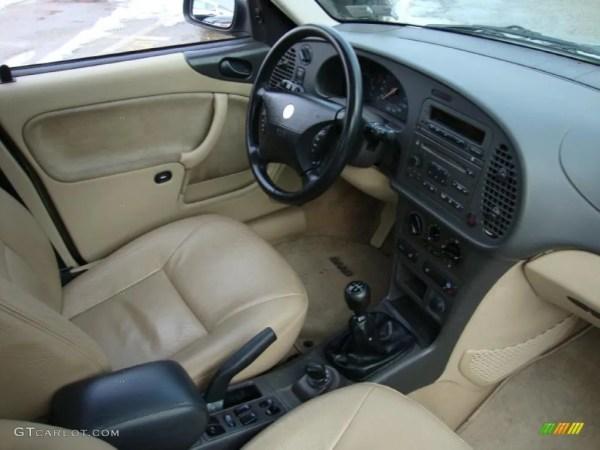 2001 Saab 9-3 interior