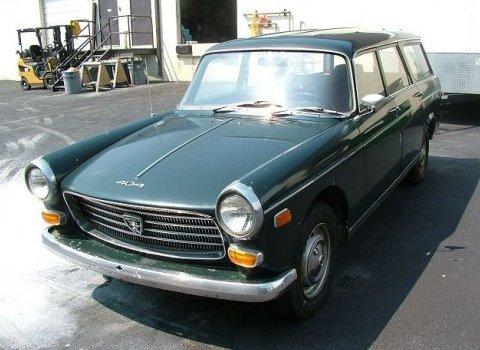 Peugeot_404_Pininfarina_Wagon_Front_1