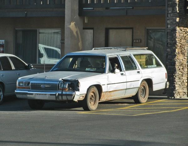 1988-90 Ford LTD CV Wagon Tusayan AZ 20130420