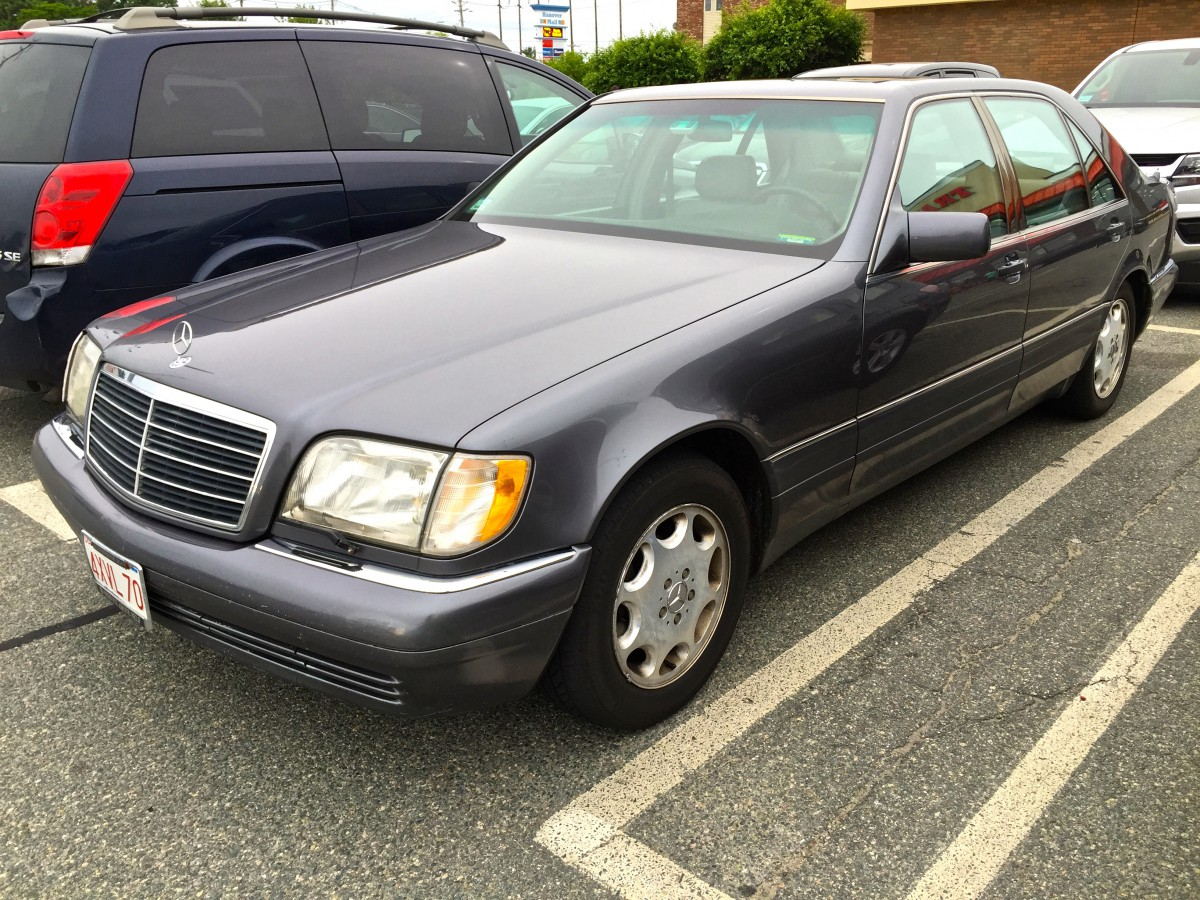 Curbside classic 1995 mercedes benz s320 w140 over engineered to the point of excess