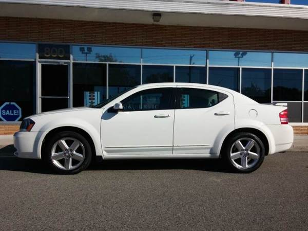 dodge avenger rt awd side