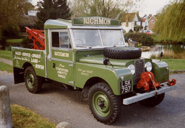 1956-Land-rover series1-107-tow truck