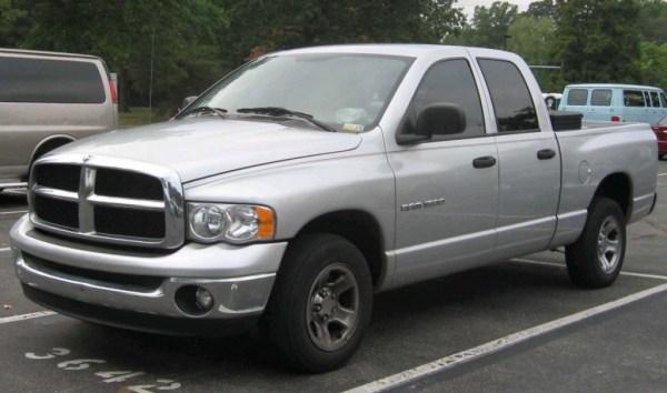 2002-05_Dodge_Ram_Quad_Cab