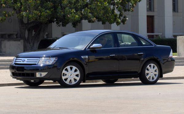 2009-Ford-Taurus_9607
