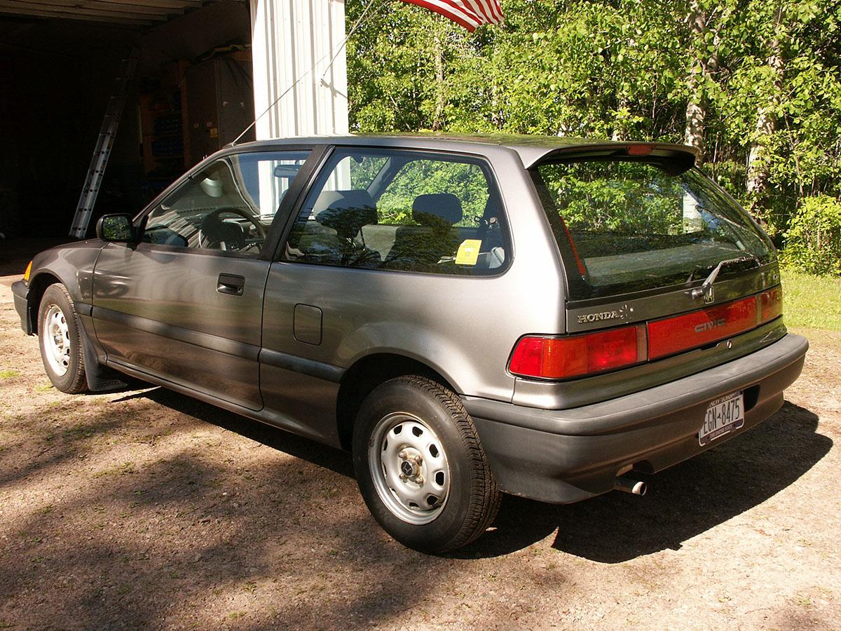 Curbside Classics 1990 2003 Honda Civic A Tale Of Two Civics Crx Timing Belt Engine Mechanical Problem Dx Rear
