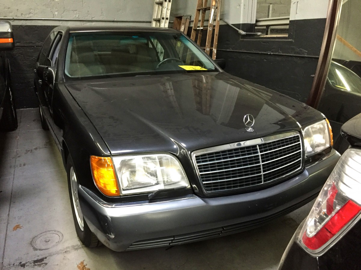 Curbside Classic 1995 Mercedes Benz S320 W140 Over Engineered V12 Wiring Harness Repairing Your Engine What These High Weights Translated To Of Course Was Dismal Fuel Economy That On Par With Many Pickup Trucks And Suvs A New 5 Speed Automatic In All