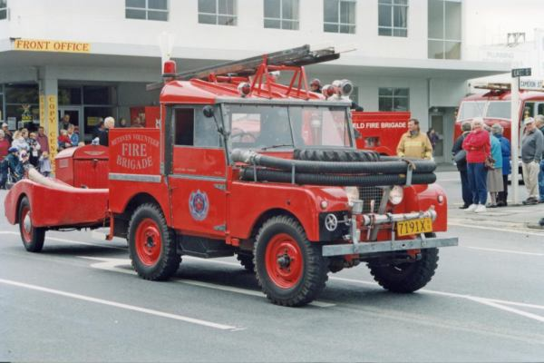 Land-Rover series fire fighter