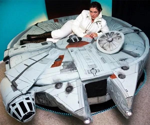 millennium-falcon-bed-1
