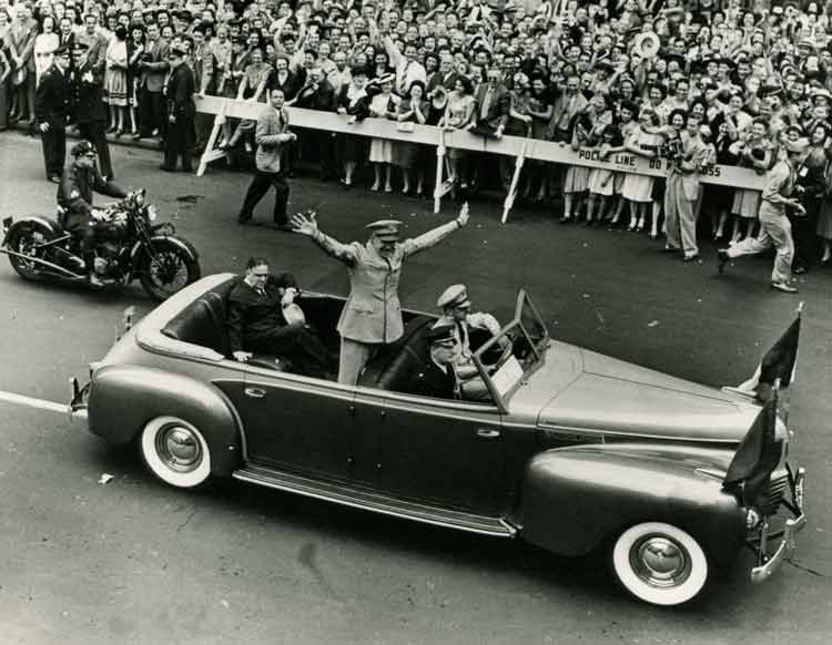 Automotive History: The Chrysler Imperial Parade Phaetons – The ...
