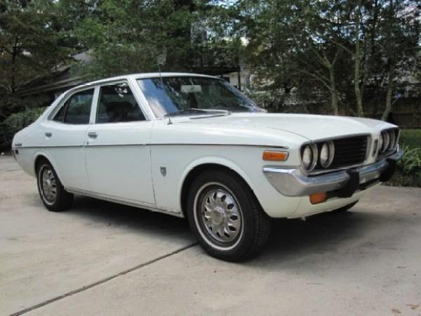 1972_Toyota_Corona_Mk2_resize