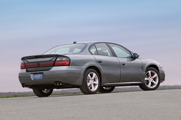 2005 pontiac bonneville gxp rear