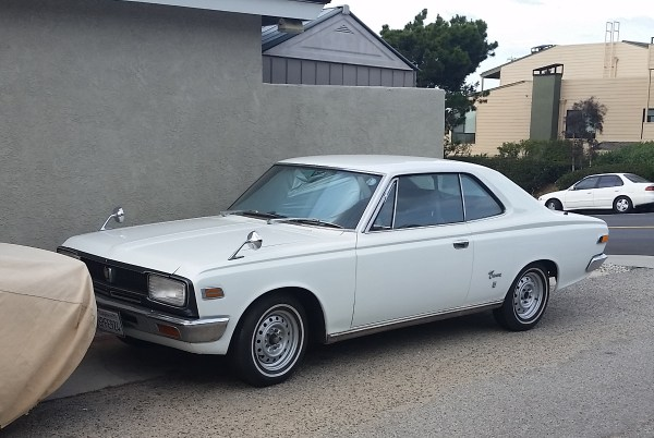 68 Crown Coupe Front.1