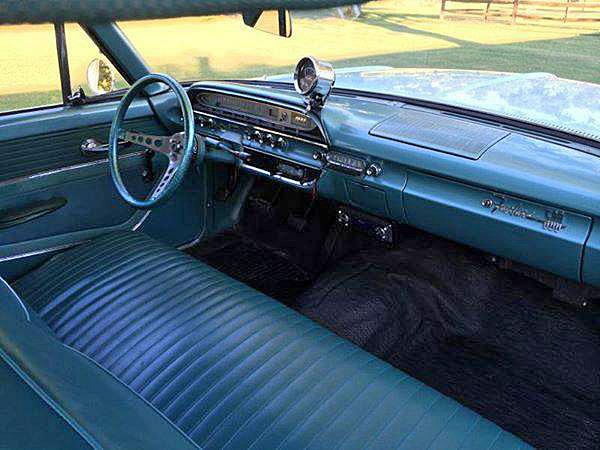 Ford 1961Fairlane3