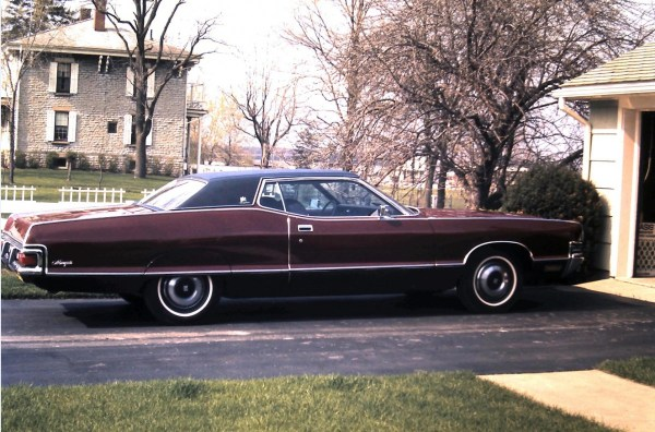 Mercury 1972 slide garage