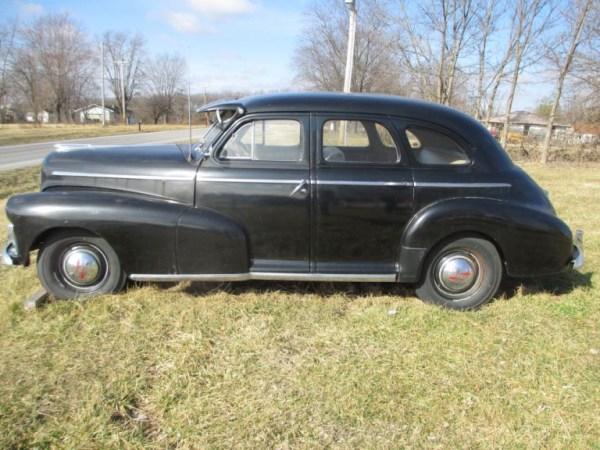 Chevrolet 1946 side