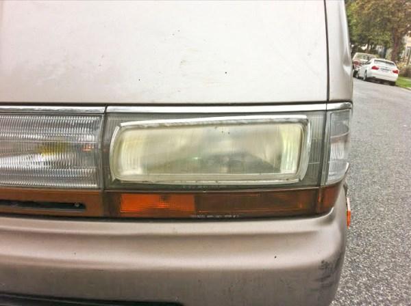 Toyota_Glued_Headlamps_2