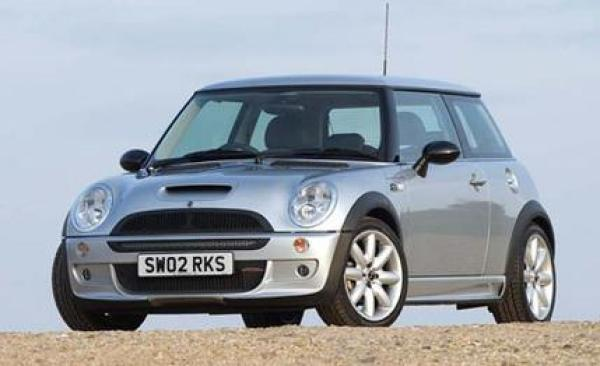 mini-cooper-s-john-cooper-works-photo-9389-s-429x262