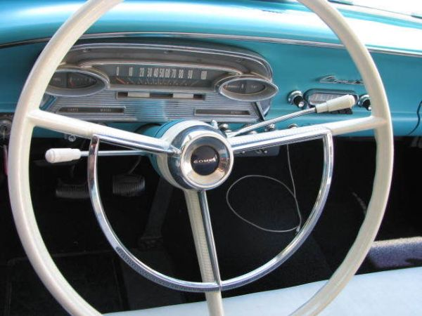 Comet Steering Wheel and Shift Lever - Remember Horn Rings?
