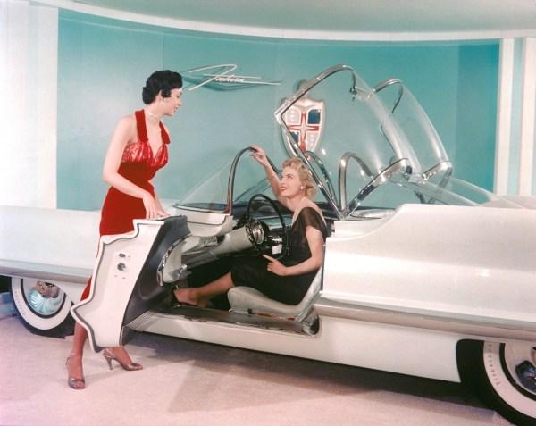 1966_lincoln_futura_batmobile