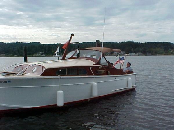 27 Foot Post War Elco Sport Cruiser