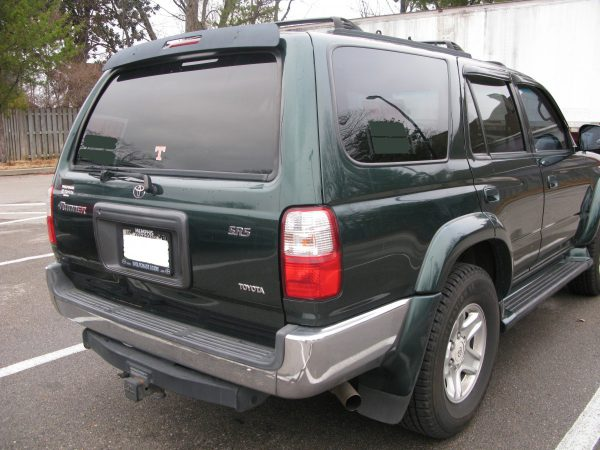 2001-Toyota-4Runner-rear