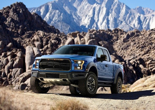 FORD-F-150-SVT-Raptor-5373_19