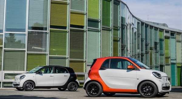 Smart fortwo forfour side view