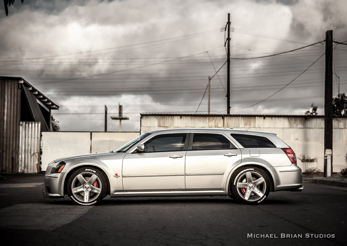 coal 2006 dodge magnum srt8 my dream car is another dodge station wagon. Black Bedroom Furniture Sets. Home Design Ideas