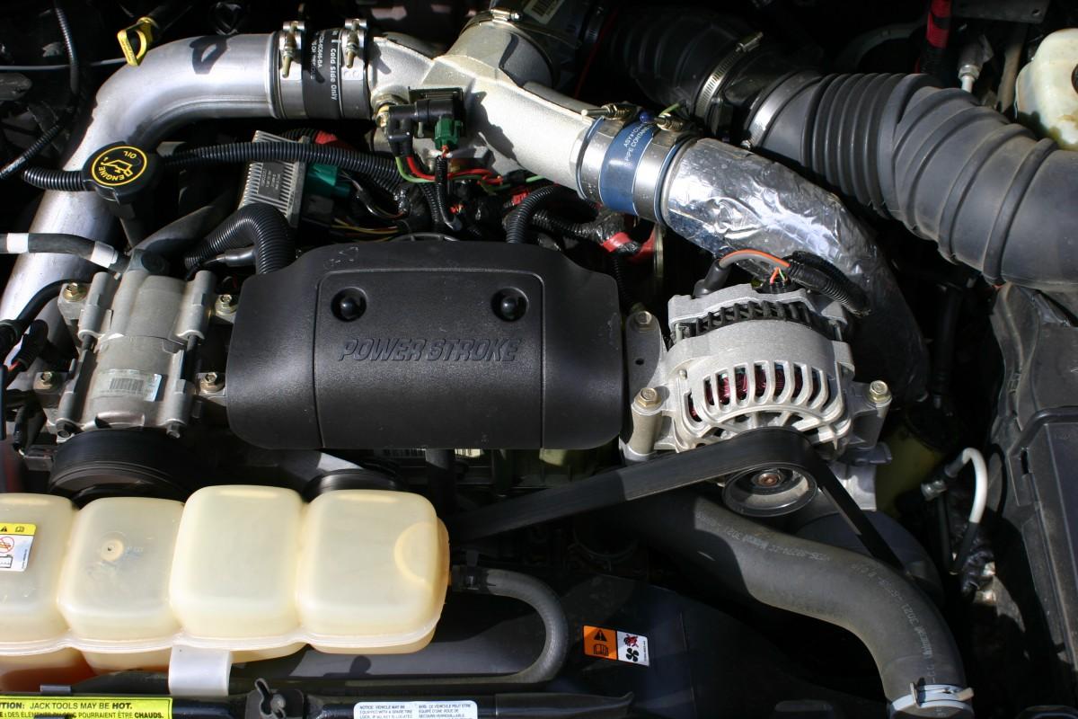 [The 7.3L Powerstroke Turbo Diesel V8.]