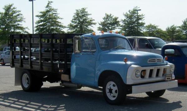 Studebaker 1963 diesel 1.5 ton truck