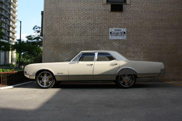 031 - 1966 Oldsmobile Dynamic 88 CC