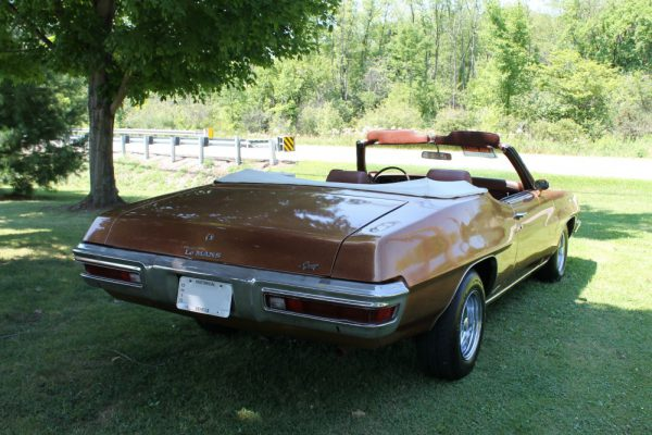 065 - 1971 Pontiac LeMans Sport CC