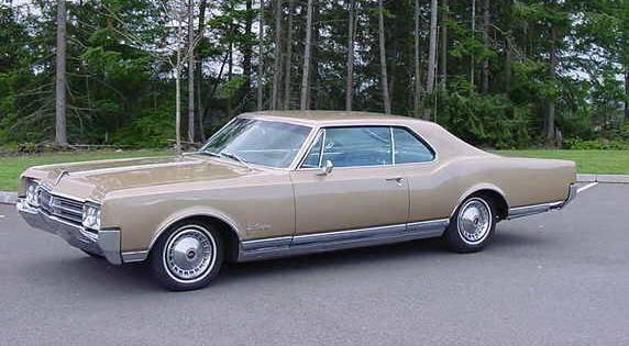 1965-oldsmobile-starfire-001