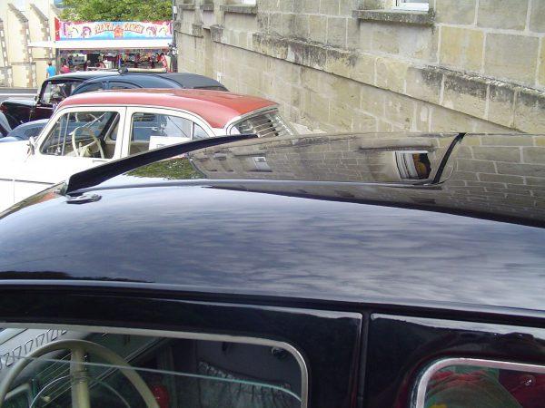 Peugeot 403 b sun roof