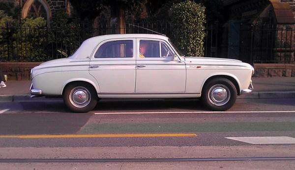 Peugeot 403 side don andreina